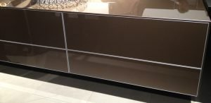 IMM Style Trends - Glossy Cabinets