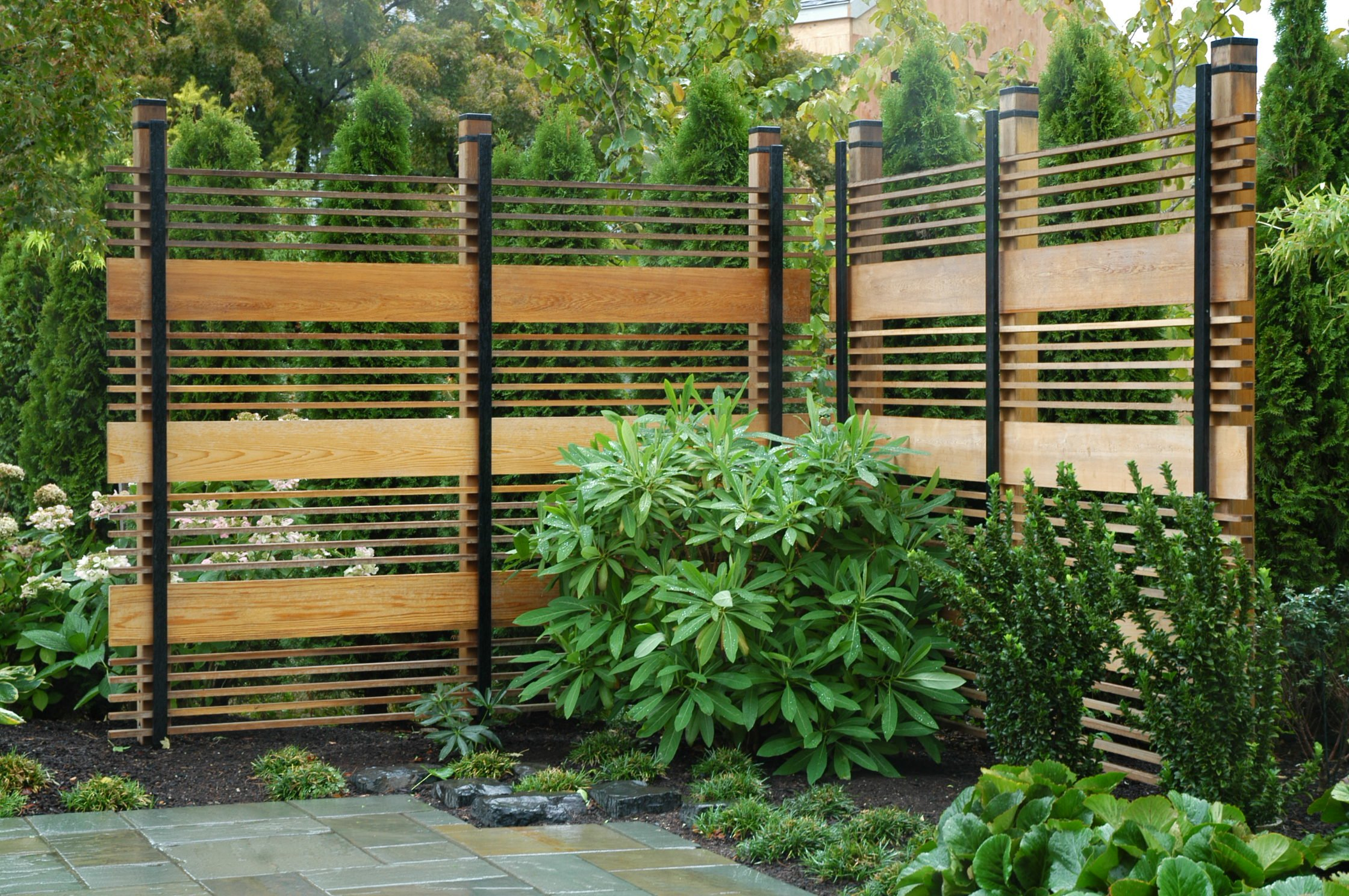Landscapes and outdoor on pinterest for Wooden garden screens design